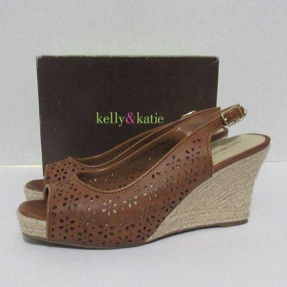 2ce3fccc5e Kelly & Katie Shoes | Kelly Katie Womens Wedge Sandels | Poshmark